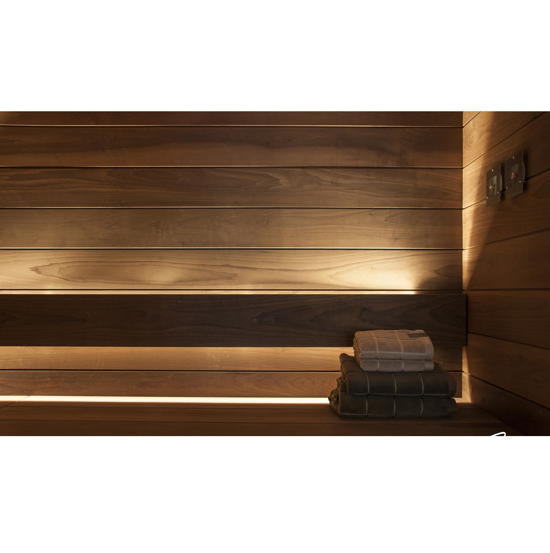 linear led sauna